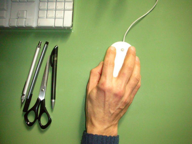 main syndrome de la souris d'ordinateur