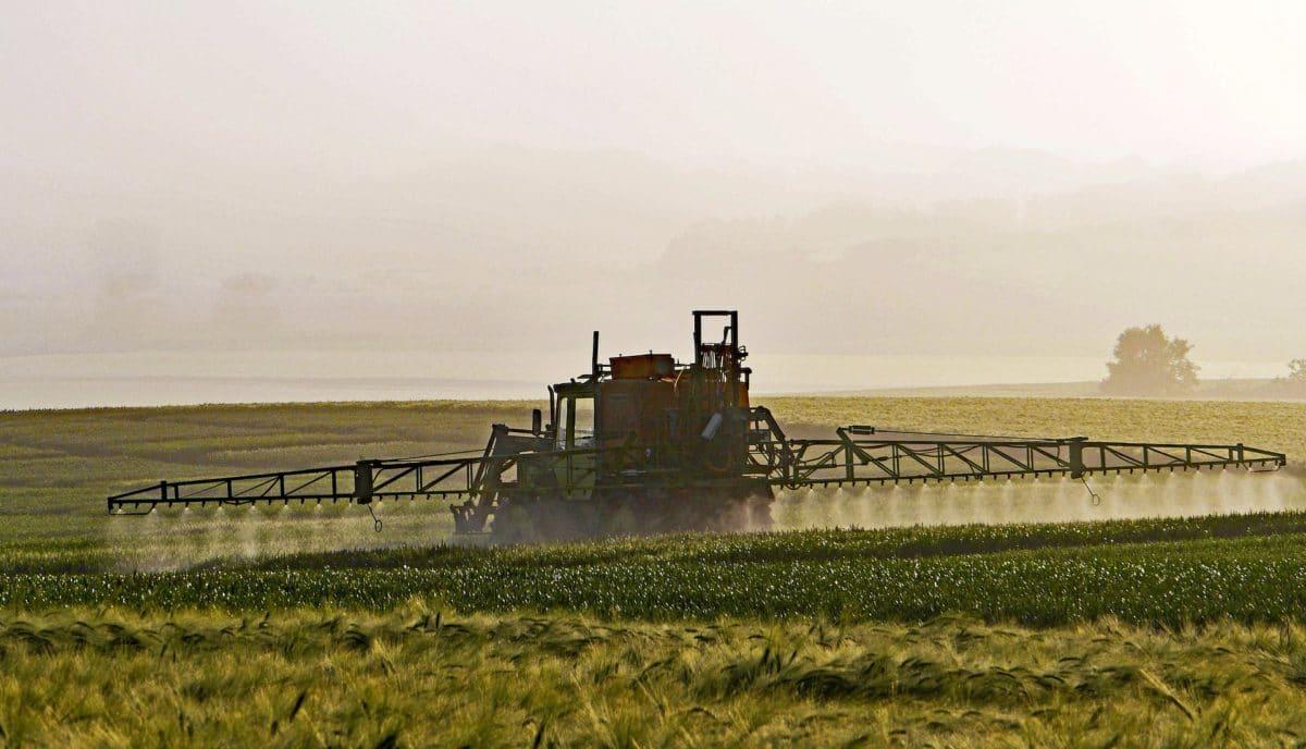 pesticides pixabay