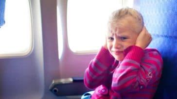 mal aux oreilles en avion