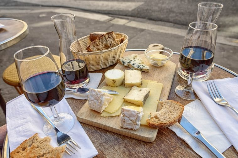 fromage vin table