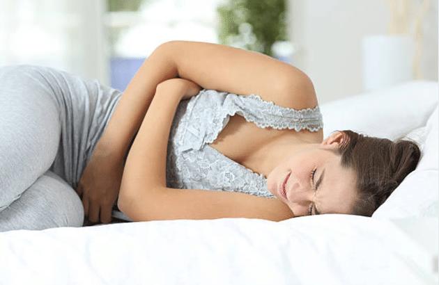 mal au ventre vomissements boulimie