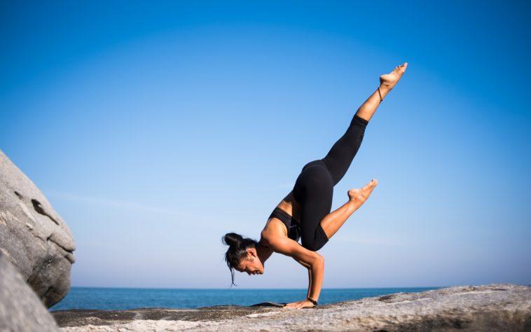 yoga - StockSnap Pixabay