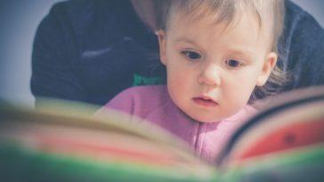 enfant mère lecture QI intelligence