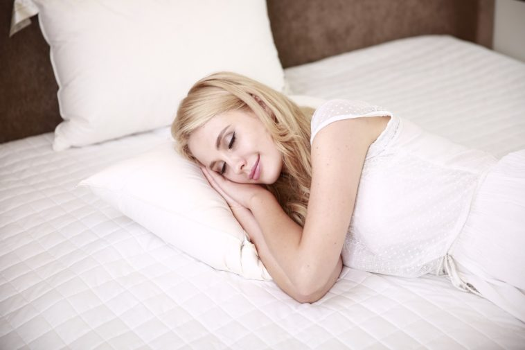 dormir femme sommeil paisible