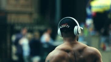oreilles mal aux oreilles acouphènes crises