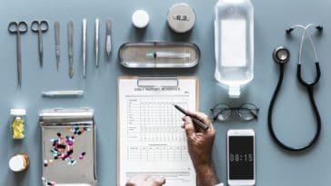 médecine outils ustensiles santé mondiale