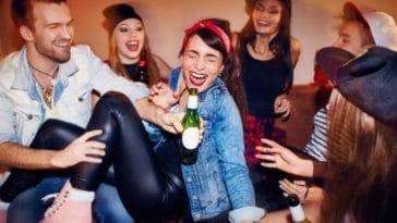 alcool adolescents jeunes danger istock