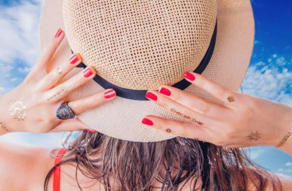 henné plage soleil chapeau Docteur Tamalou