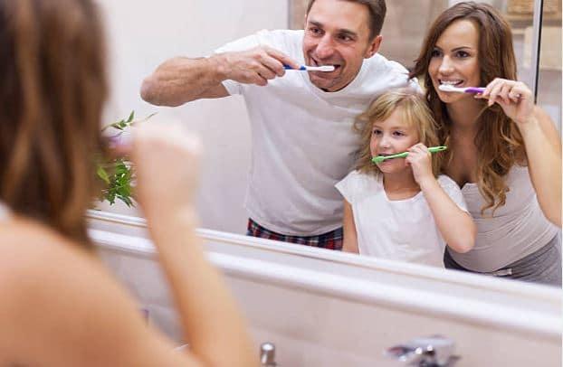mauvaises habitudes au quotidien brosser des dents