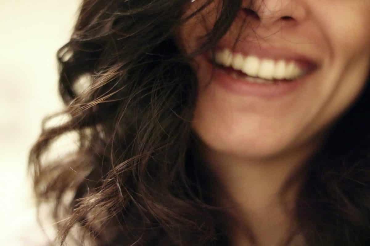 rire-femme-Pixabay