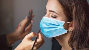 maquillage femme masque