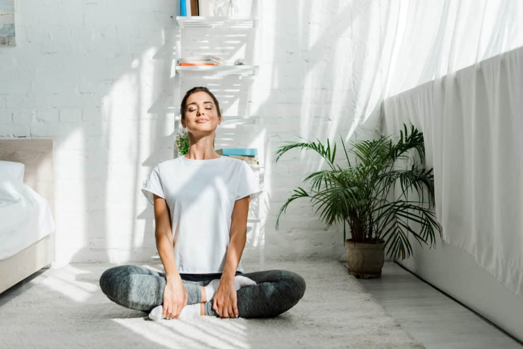 méditation femme incontinence
