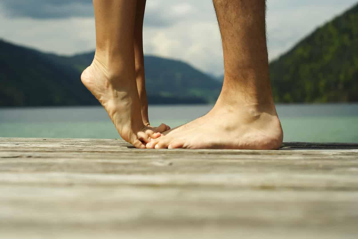 pieds-calins-couple