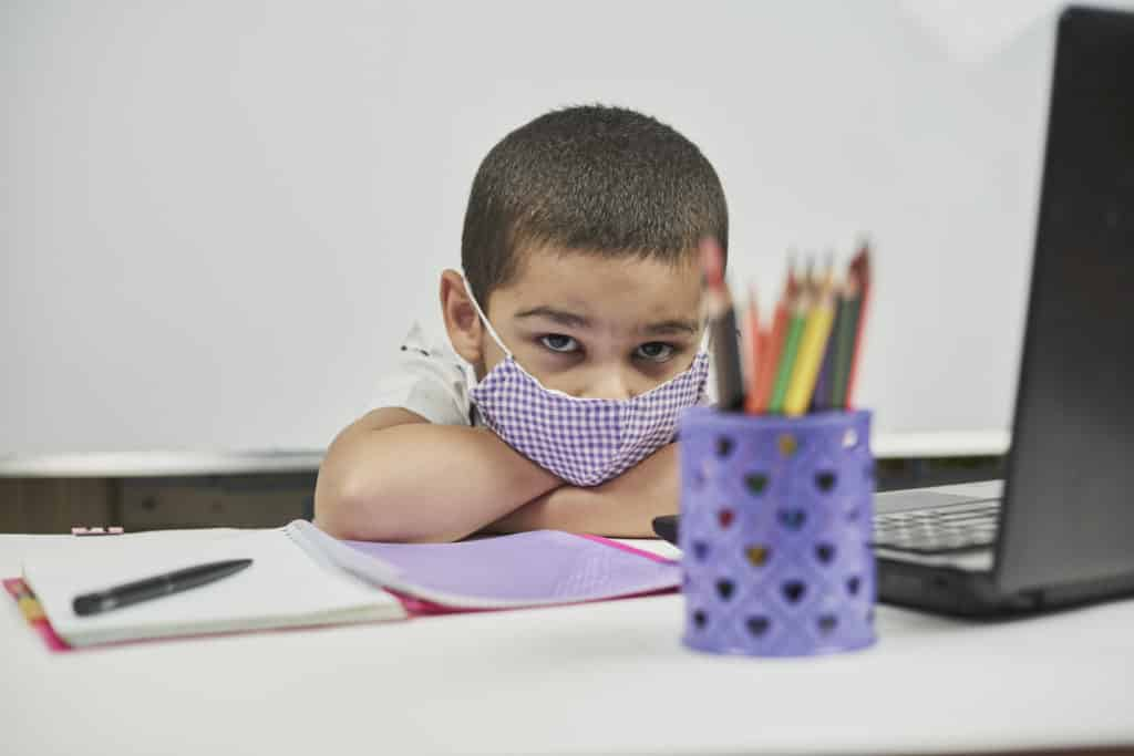 enfants-masque-coronavirus